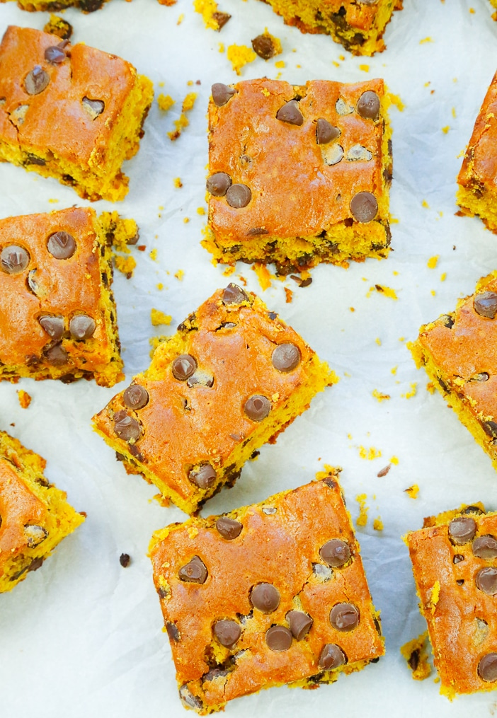 one bowl pumpkin blondies with chocolate chips