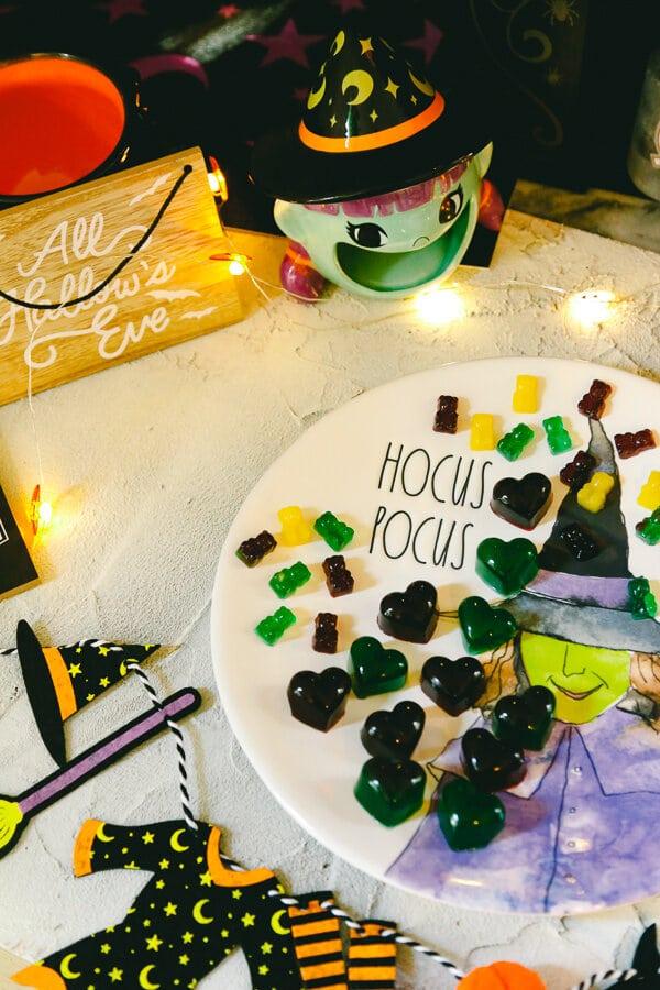 Homemade Gummy Bears, Halloween Candy Treat, Homemade Candy, Halloween, candy, healthy dessert, beef gelatin, vital proteins, juice, gummy treats, treats