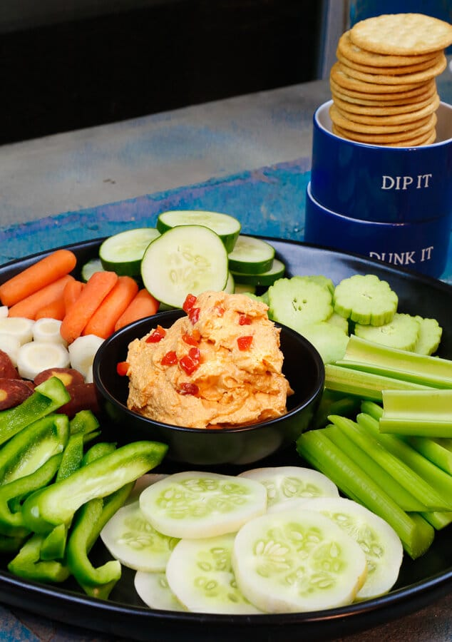 Easy pimento cheese, pimento cheese, simple homemade pimento cheese, best pimento cheese recipe, homemade, appetizer, summer, the fourth of July, fourth of July, summer recipe, easy appetizer, caviar of the South