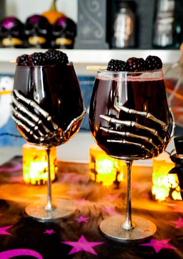 Halloween, Cocktail, Sleepy Hollow Spritzers, Cranberry Cherry, Cranberry Cherry Spritzers, Halloween Cocktail, Mocktail