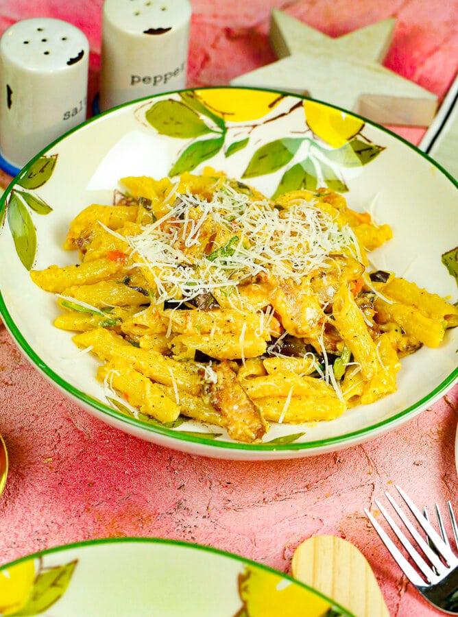 BLT pasta, BLT, BLT Sandwich, Easy dinners, winter, comfort food, pasta recipes